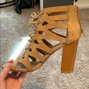 Lace front heels